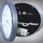 hidden safe clock style